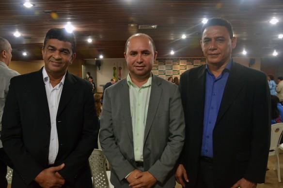 Secretário adjunto, Dalton Duarte (Educação); secretário Robson Paz  (Comunicação) e o superintendente Totó Martins (Esporte)